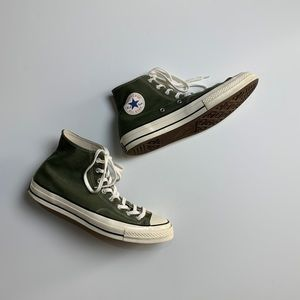 Olive green Converse! In great condition